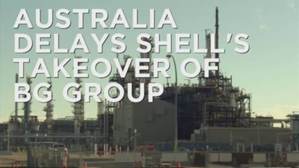 Australia delays Shell's takeover of BG Group