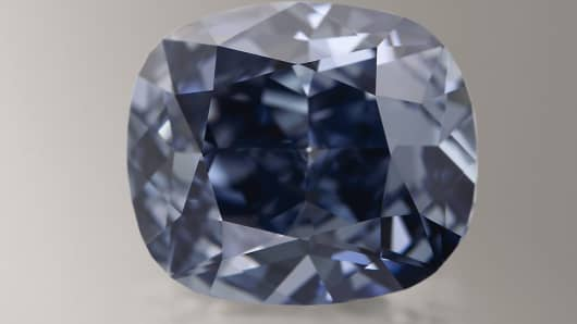 The Blue Moon Diamond