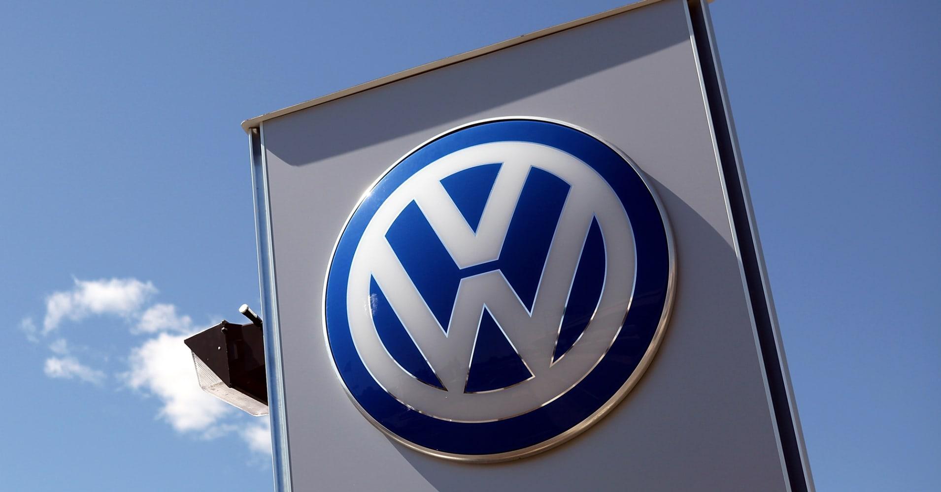 Volkswagen Stock Drops 20 On Us Diesel Recall Probe
