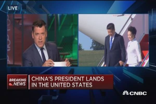 China's president lands in US