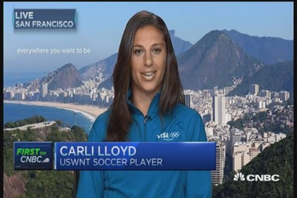 World Cup star Carli Lloyd powering through