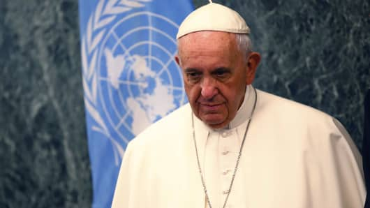 Pope Francis arrives at the United Nations in New York, September 25, 2015.
