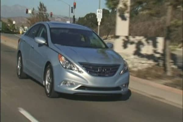 Hyundai recalls half a million Sonatas
