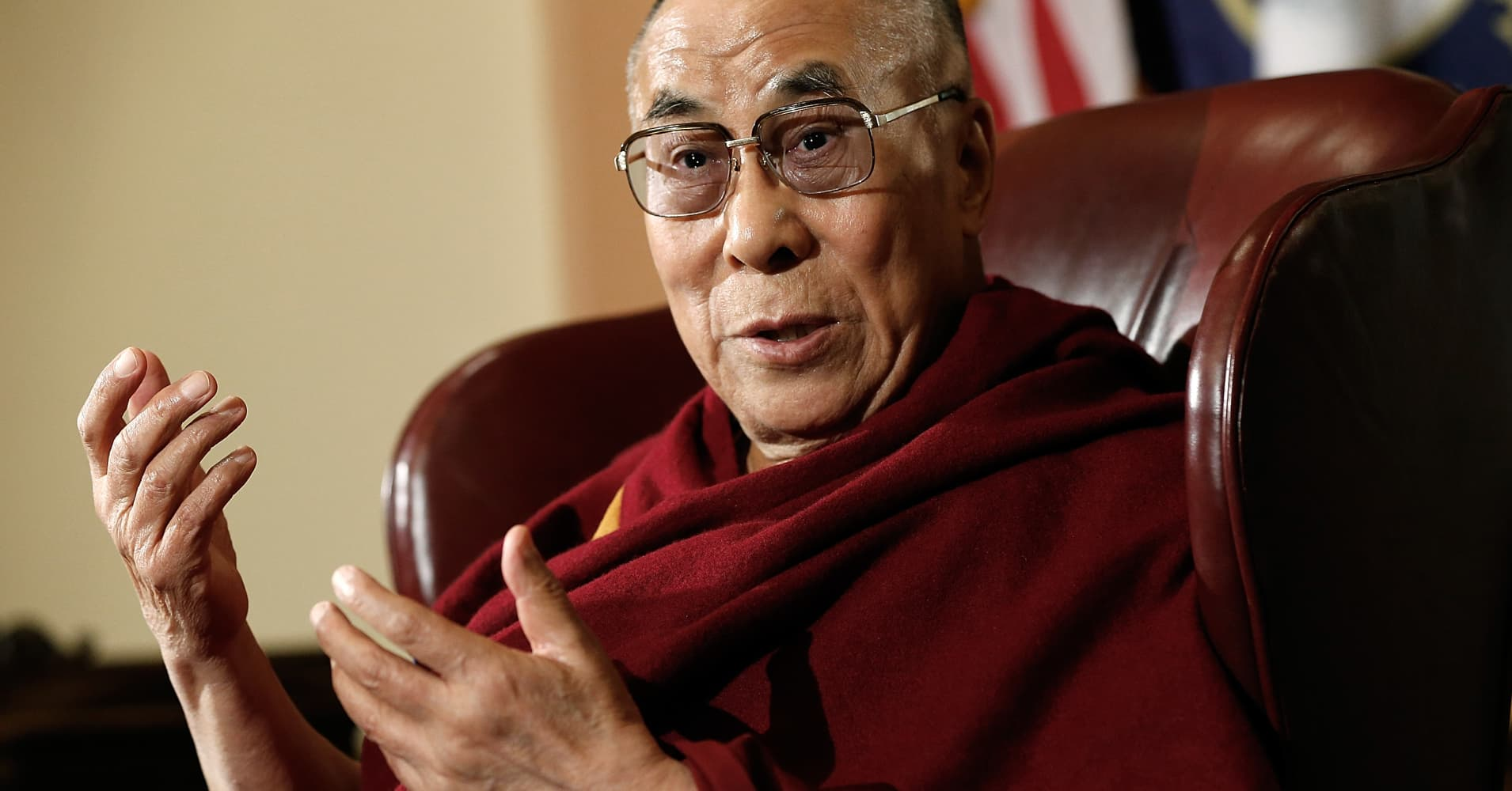 Mercedes-Benz apologizes to Chinese for inspirational Dalai Lama quote