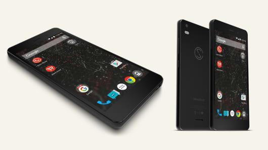 "Silent Circle's ""Blackphone 2"" design"