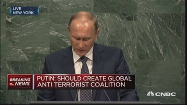 Refugees need compassionate support: Putin