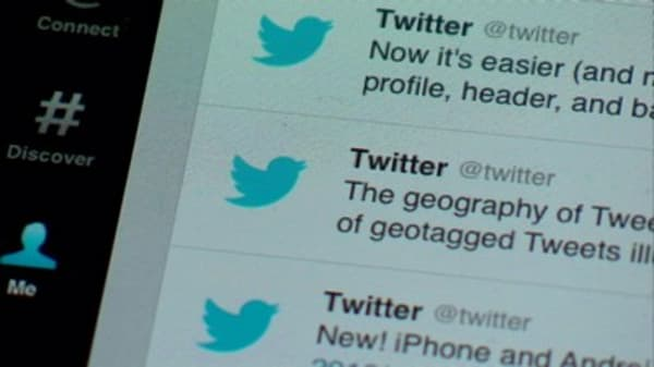 TWTR considers dropping character limit