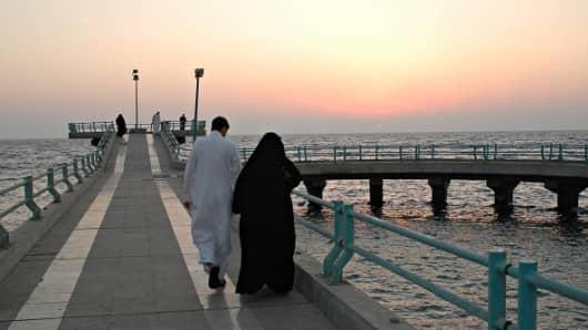 A couple in Jeddah, Saudi Arabia.