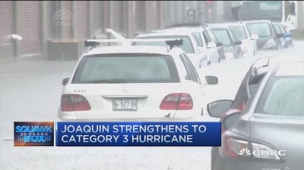 Hurricane Joaquin strengthens to cat 3