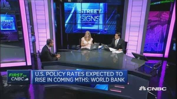 World Bank cuts China GDP forecast to 6.9%