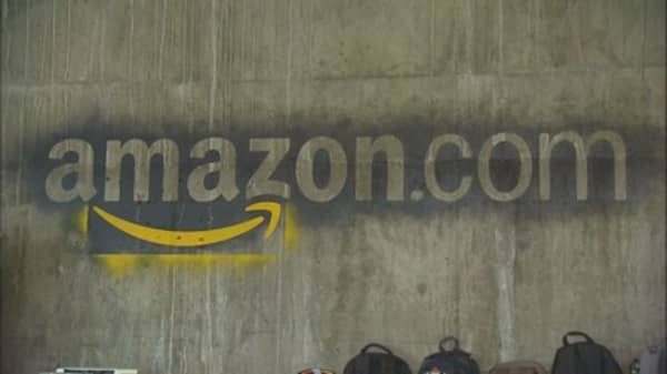 AMZN moves up in global brand ranking