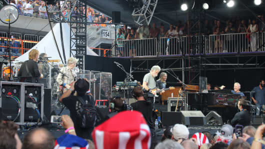The Grateful Dead performing in Chicago on July 4th, 2015.