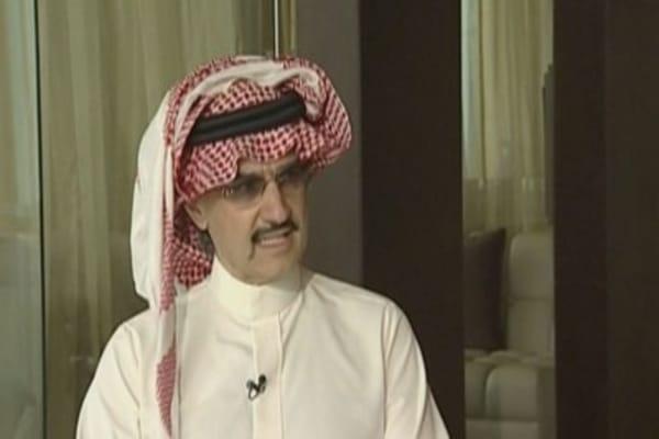 Saudi Prince Alwaleed Bin Talal loves Twitter