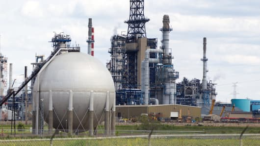 A Suncor refinery in Edmonton, Alberta.