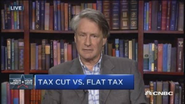 Tax debate: Tax cut vs. Flat tax