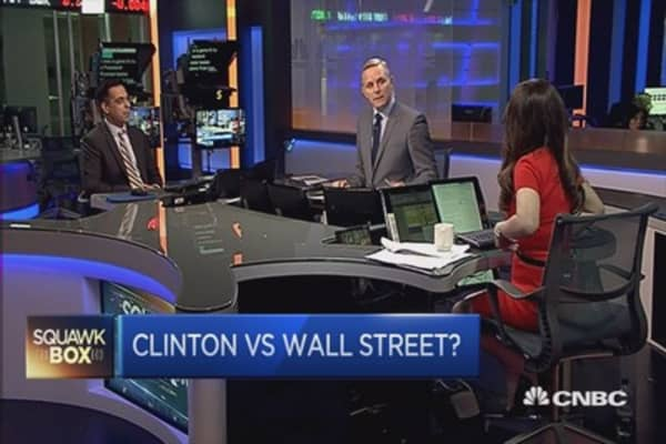 Hillary Clinton to take on Wall St with high-frequency trading tax