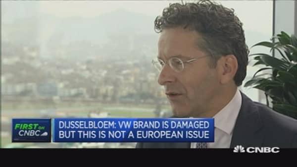 VW must fix scandal fast: Dijsselbloem