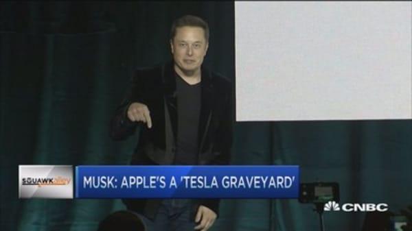 Elon Musk has fair points: Re/code's Swisher