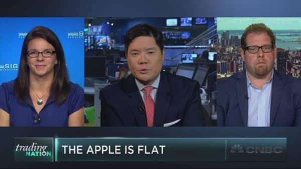 Apple falls flat