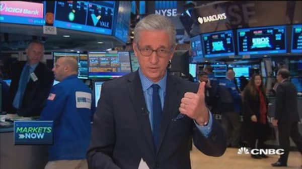 Pisani: Strong dollar earnings impact