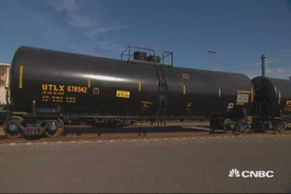Tesoro's big bet on oil infrastructure