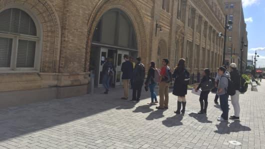Drexel students enter Main Building in Philadelphia, PA