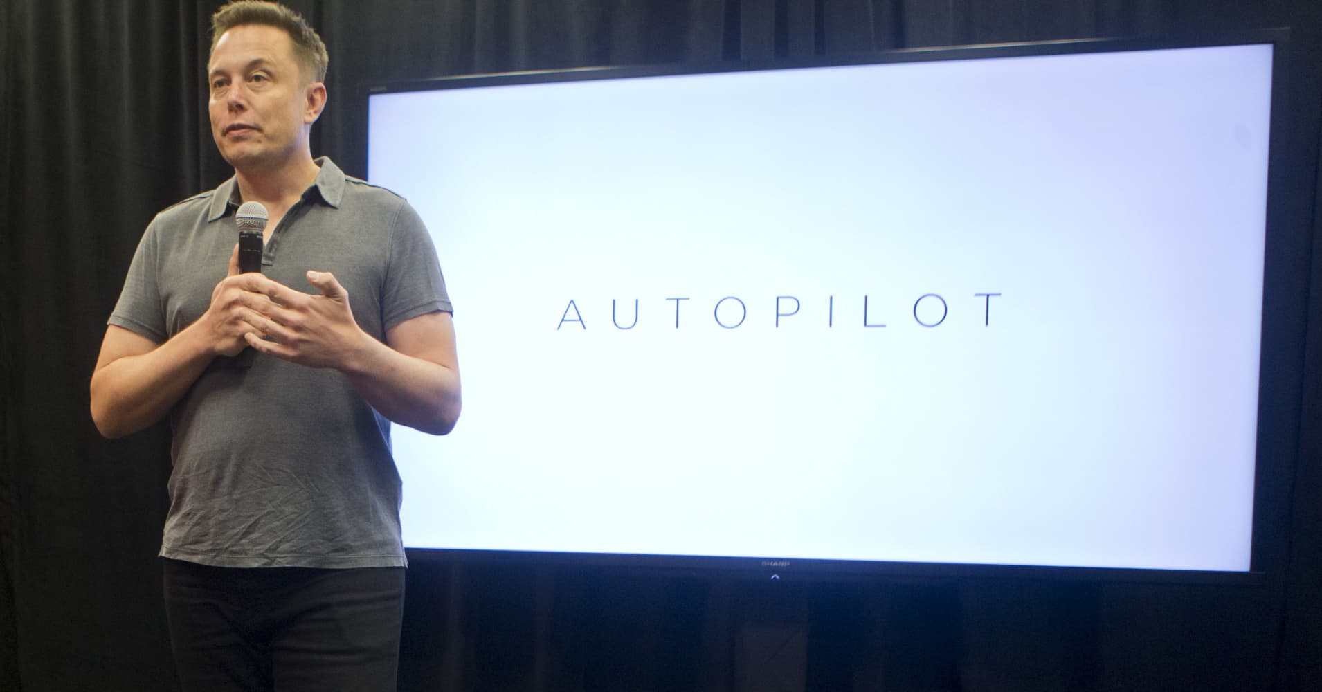 cnbc.com - Jordan Novet - Tesla and AMD are working on an A.I. chip for self-driving cars, source says