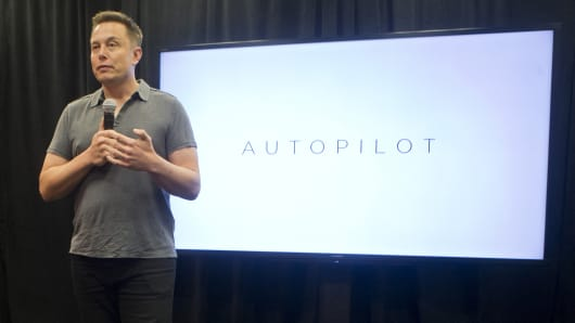 Tesla CEO Elon Musk speaks about new Autopilot features during a Tesla event in Palo Alto, California October 14, 2015.