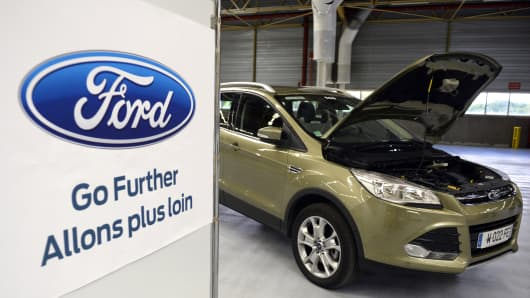 A Ford Kuga 4x4 of US manufacturer Ford is displayed on May 24, 2013, in a new unit plant in Blanquefort, southwestern France