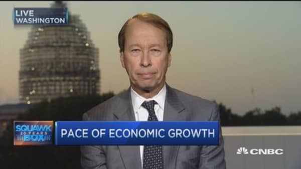 US economy chugging along: Expert