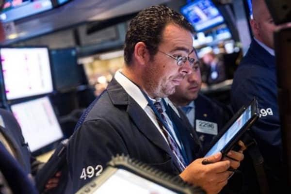 Wall Street seeks turnaround