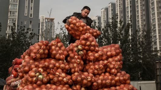 China's Exports Growth Slows In August