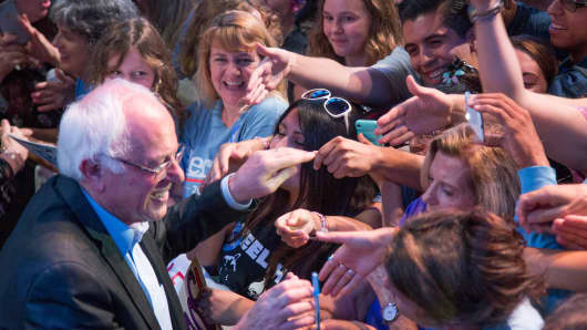 Sen. Bernie Sanders greets supporters at a campaign fundraising reception October 14, 2015 in Los Angeles.