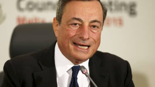Mario Draghi addresses a news conference after a meeting of the ECB Governing Council in St. Julian's, outside Valletta, Malta, Oct. 22, 2015.
