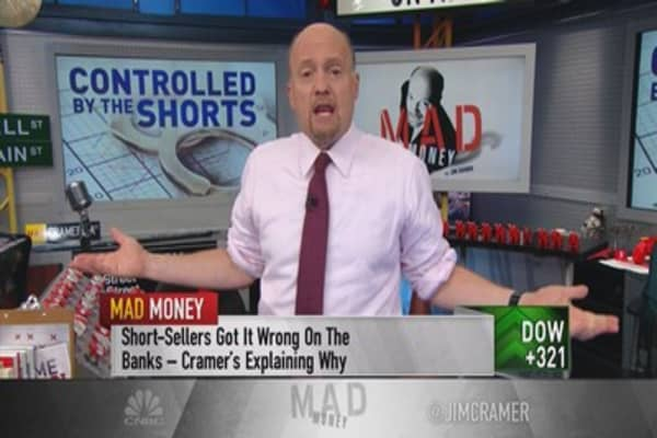 Cramer: Short sellers are controlling the market