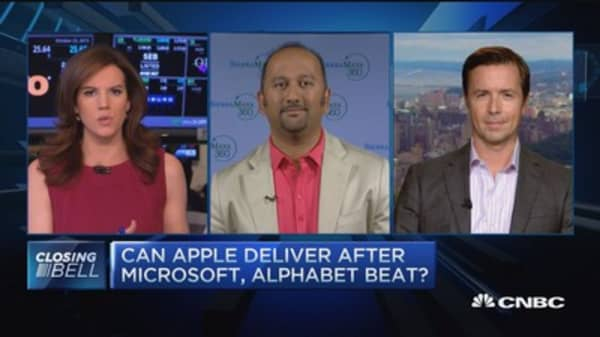 Pros debate Apple expectations