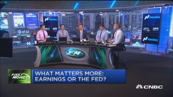 What matters more: Earnings or Fed?