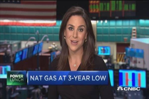 Nat gas takes a tumble