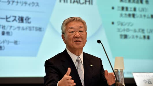 Chairman and CEO of Japan's high-tech giant Hitachi, Hiroaki Nakanishi, speaks about the company's business strategy in Tokyo on May 14, 2015.