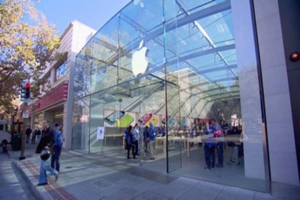 Singapore's first Apple store