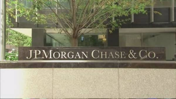 JPMorgan building Apple Pay rival