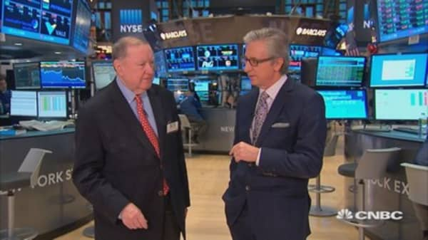 Cashin says: Serious bets on oil & gold