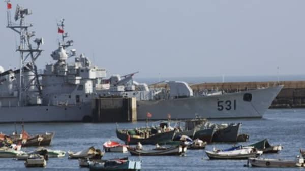Australia warships to sail with China