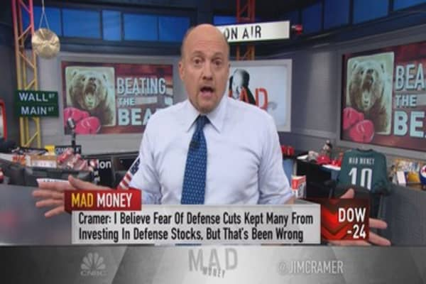 Cramer: 2 groups immune to the claws of the bear