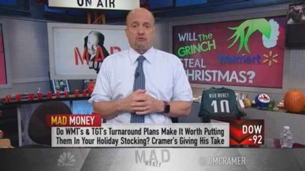 Cramer: Why Wal-Mart is doomed this Christmas