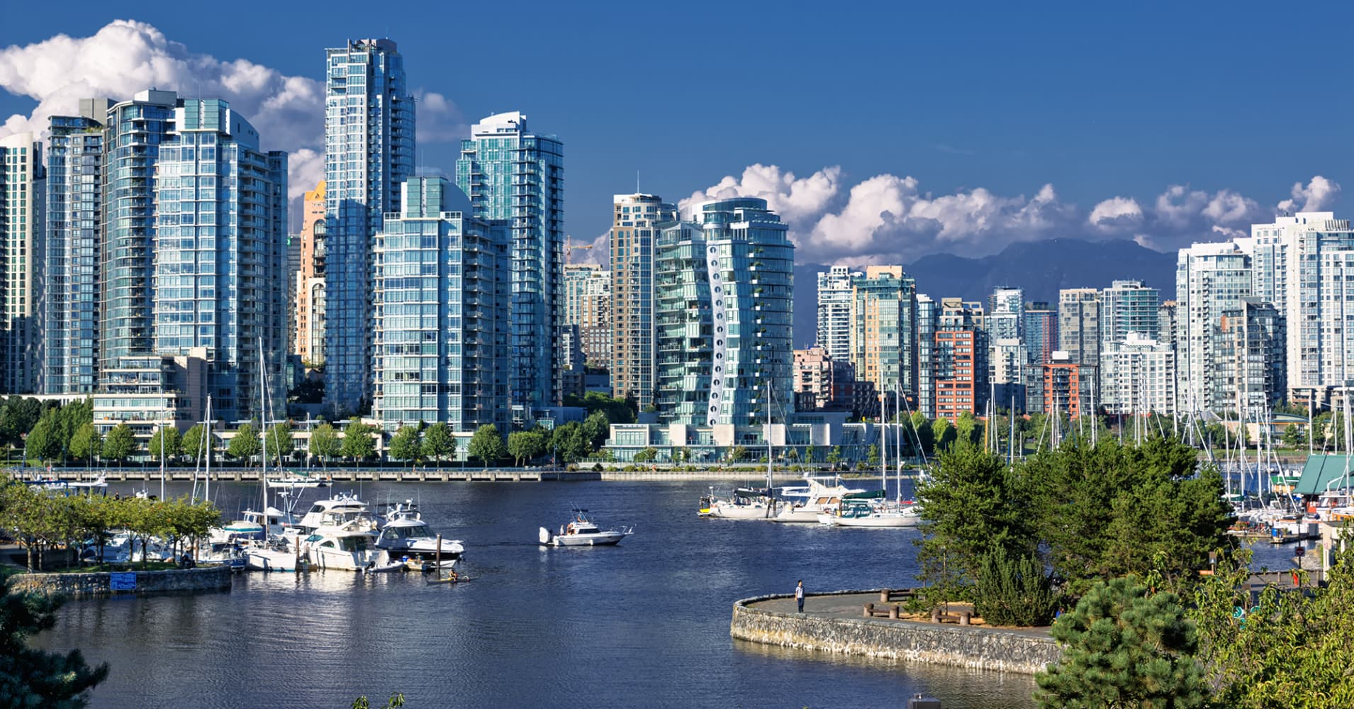Vancouver moves to tax empty homes in overheated property for Home wallpaper vancouver