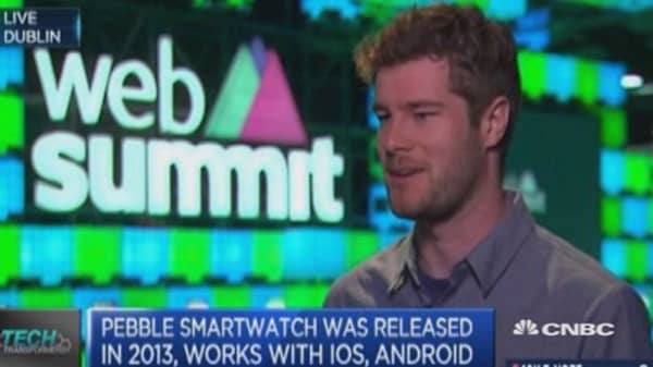 Apple isn't eating into sales: Pebble CEO