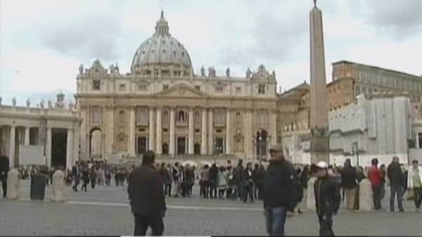 Vatican investigators suspect money laundering
