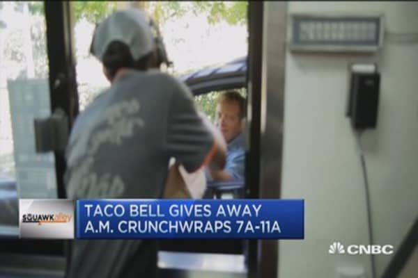 Taco Bell gives away free breakfast