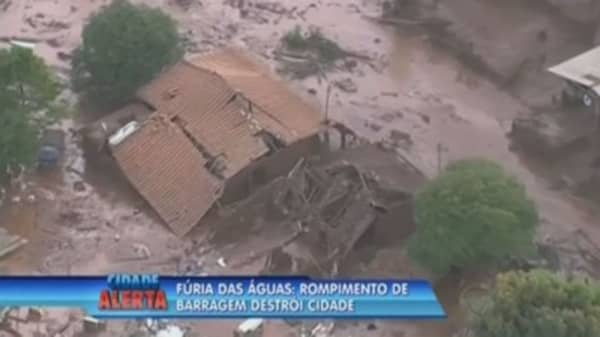 Dam burst at Vale-BHP mine devastates Brazilian town